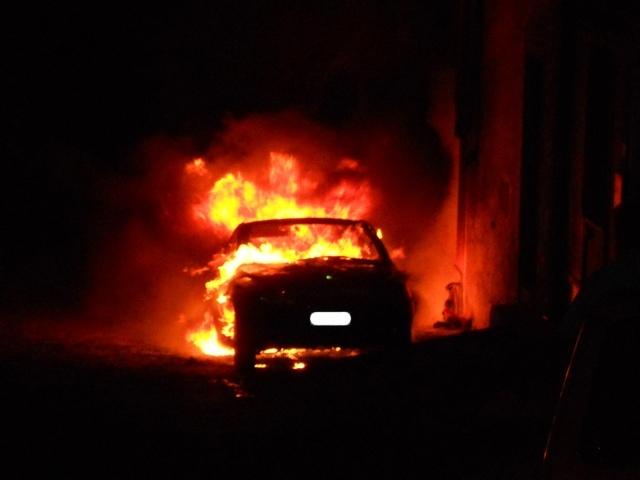 Intimidazione al sindaco Rocca. Incendiata automobile del padre
